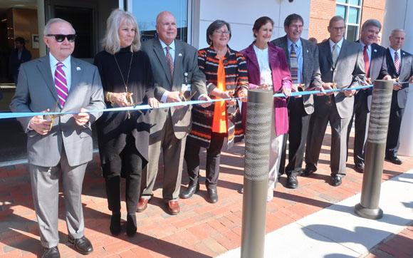 CarolinaEast Cancer Care Center Ribbon Cutting