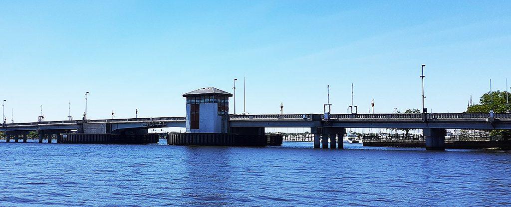 Cunningham Bridge