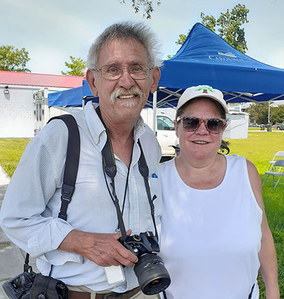 Charlie Hall and Laura Johnson