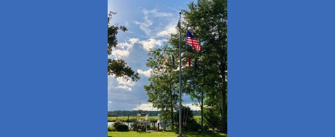 New Bern Yacht Club - Flag Pole