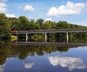 Bridge over Neuse River near Weyerhauser